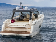 Absolute Sports Line 40 -Fast Cruiser with modern lines